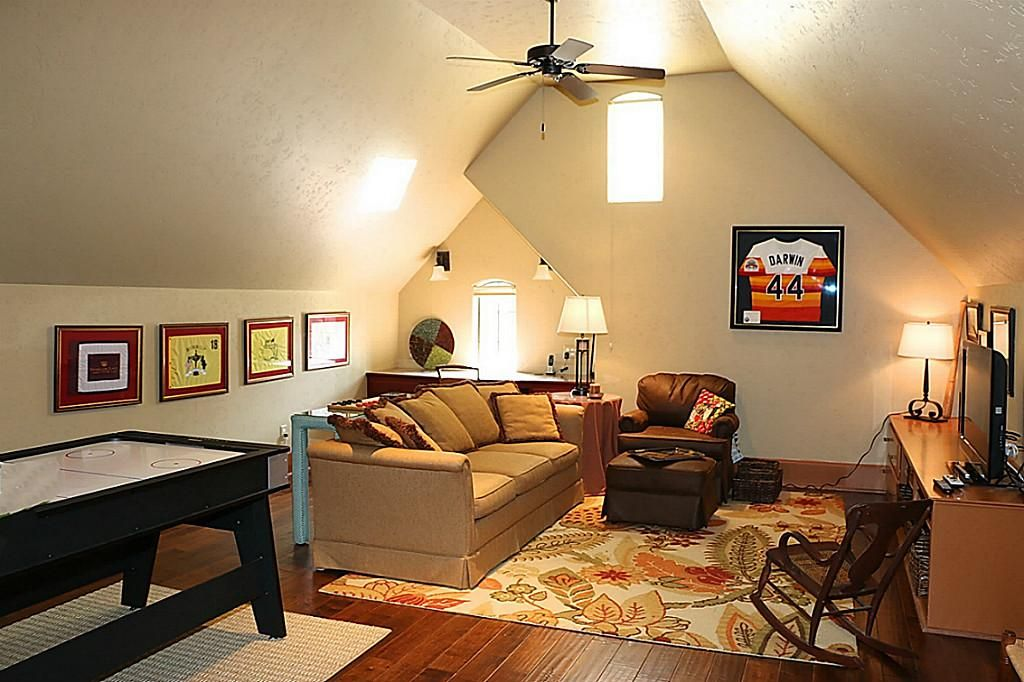 Image Result For Game Room Guest Room Combo With Images Game