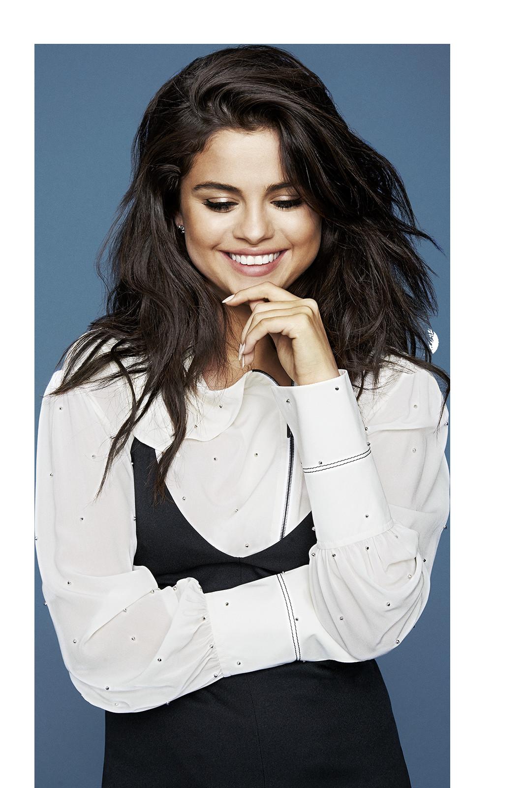 In Which We Make Find You Awesome Png S Random Random Amreading Books Wattpad Selena Gomez Photoshoot Selena Gomez Outfits Selena