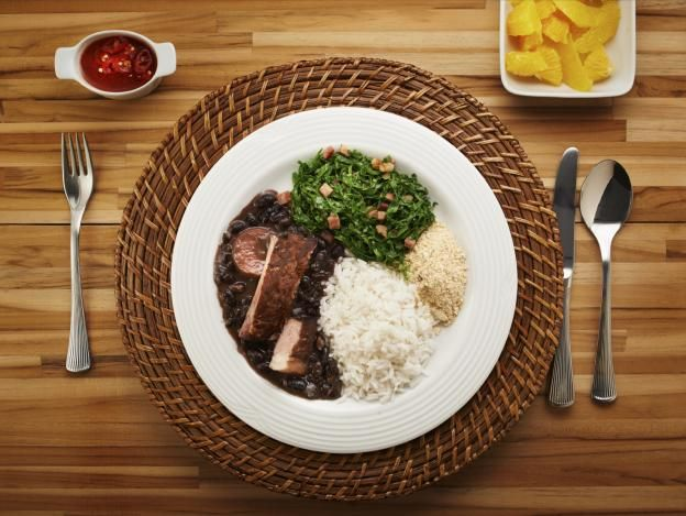 É importante aprender a fazer combinações alimentos para que o corpo absorva todos os nutrientes. Veja uma lista com quatro,