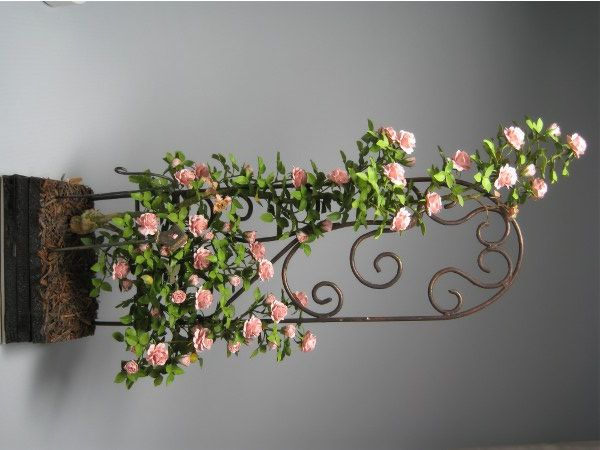 Inspiration For Dollhouse Pink Rose Vine On Trellis By 400 x 300