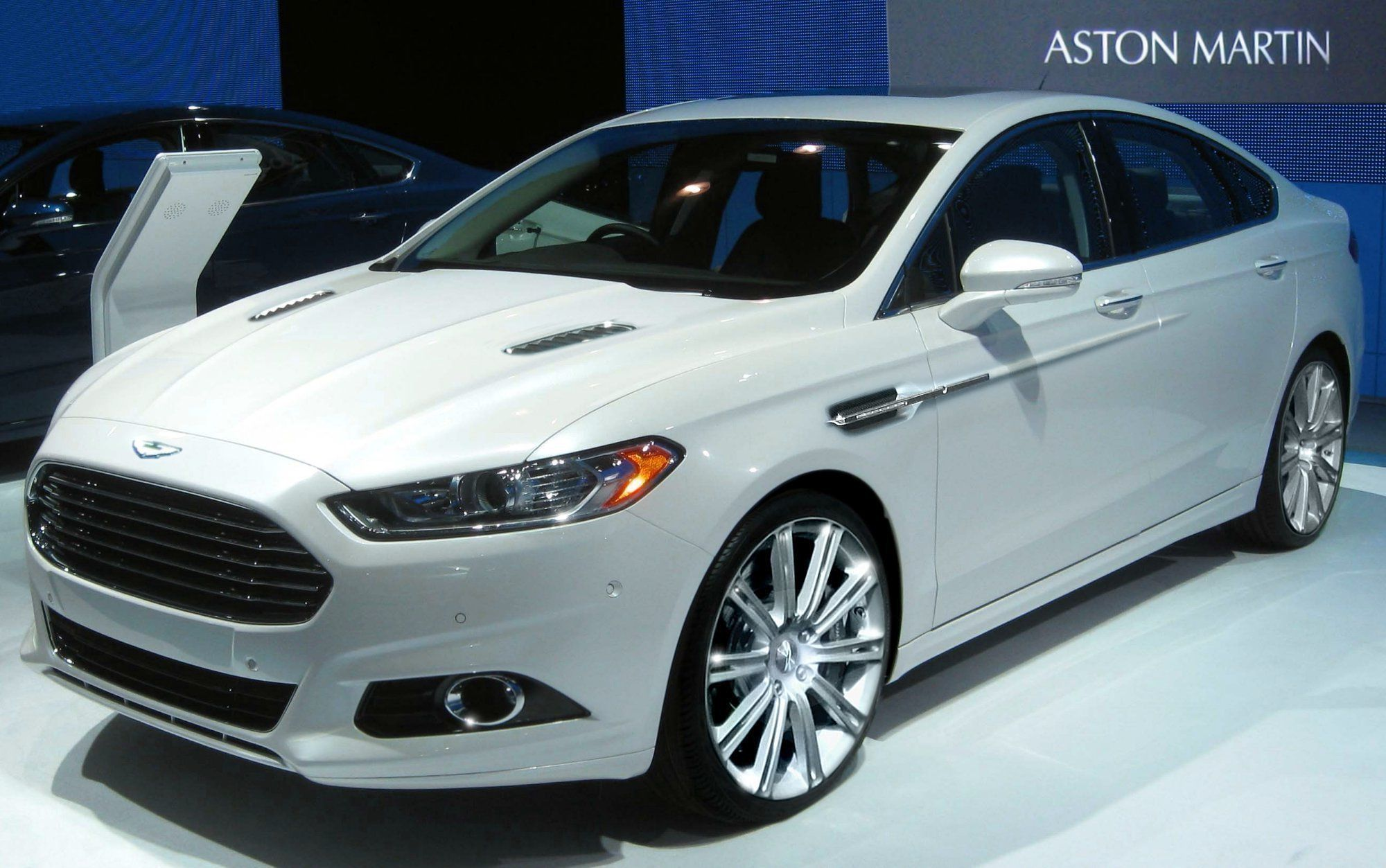 2014 Fusion Aston Martin Edition Gets The 3 5l V6 Ecoboost Engine