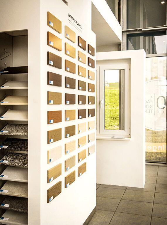 Bring Farbe in Dein Haus - Fenster Schmidinger in Gramastetten, Oberösterreich! Entdecke die neusten Farbtrends für Kunststoff-Fenster, Holz-Alu-Fenster bei uns im Schauraum in Gramstetten!
