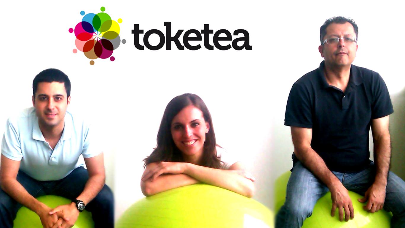 Os presentamos a nuestro equipo de Toketea. Las tres patas de nuestra mesa. Los tres pilares fundamentales del proyecto. Las tres cabezas pensantes. Los tres mosqueteros...