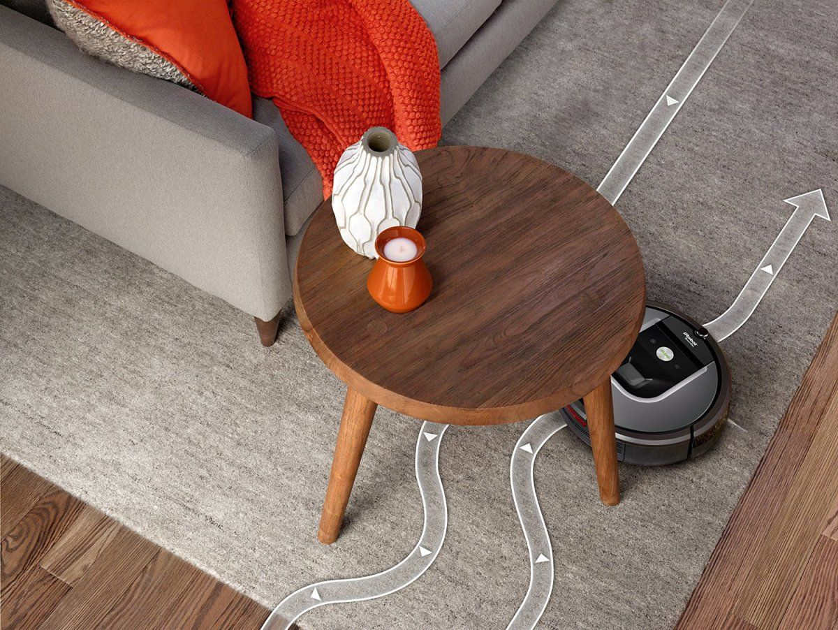 Flagship Come to Ground, iRobot Release Roomba 960 Robot Vacuum
