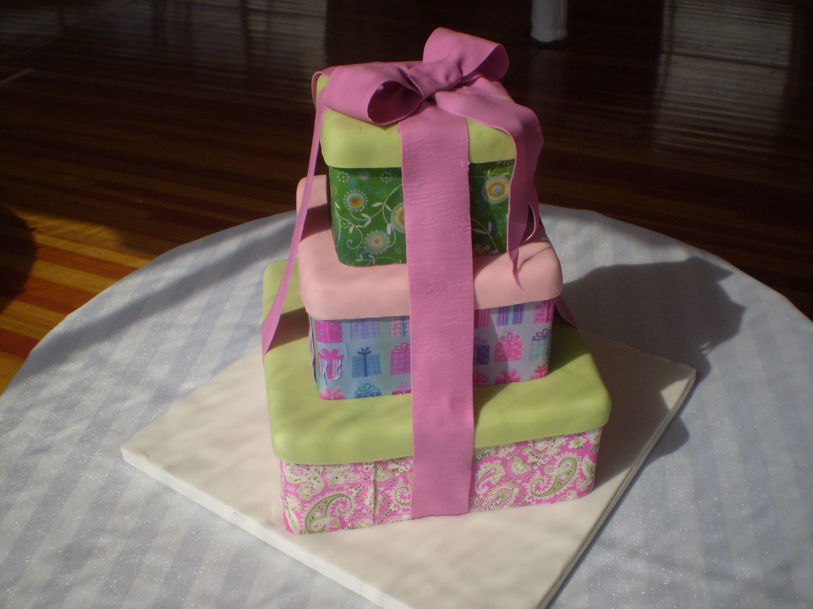 Cake Gift Wrapped Gift wrapping