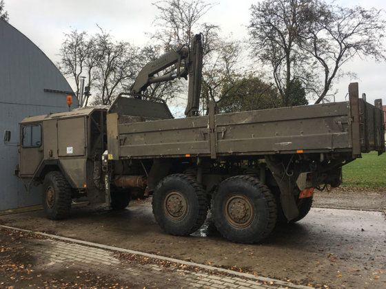austrian army man kat 1 with crane cold war military. Black Bedroom Furniture Sets. Home Design Ideas