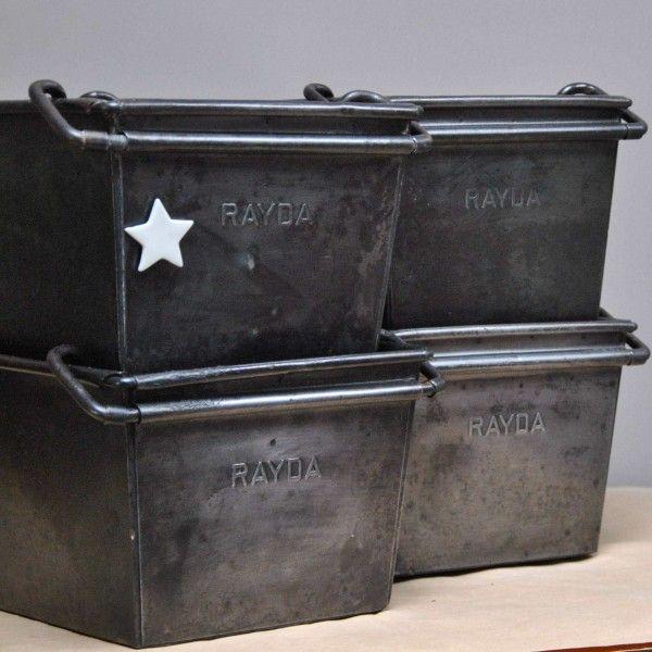 Caisse Industrielle En Metal Www Lereperedesbelettes Com Caisse Rangement Industriel Industriel Vintage