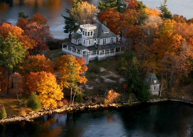 Comfort island mansion 1883 alexandria bay new york dream house pinterest islas casa - La casa alexandria ...