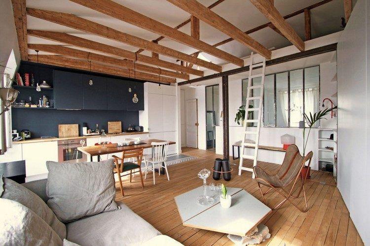 Un appartement épuré bois industriel à Paris Salons, Living rooms