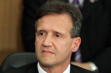 Após passar mal, Aluísio Mendes é internado às pressas