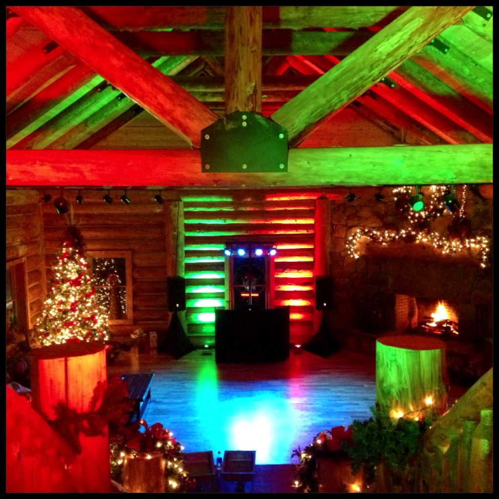 The crew at TN RV wanted a Rustic Christmas setting for their Holiday Party.    We washed the Lodge at Valley View with Red & Green and the dance floor with Ice Blue to create a frozen pond look. It all came together nicely...    Knoxville Mobile DJ & Lighting