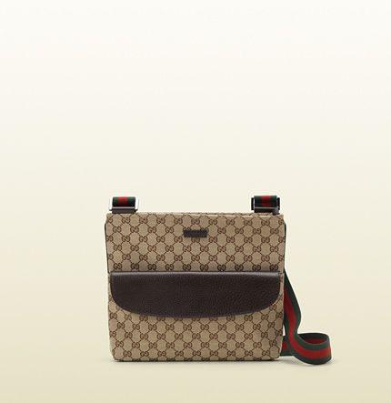 b86b0307c33 Gucci - signature web messenger bag 256100F4F3R9791