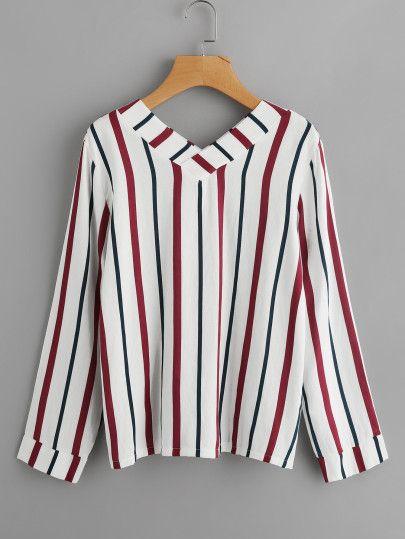 Blusa de rayas verticales con cuello barco  660fd15d5964