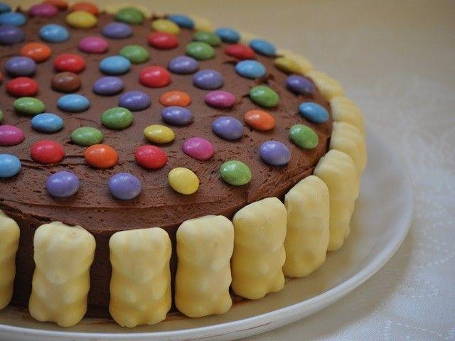 des nounours guimauve au chocolat blanc des smarties un cake aux amandes et un glaage la ganache praline la - Gateau Anniversaire Fille 5 Ans