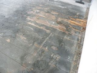 dry rot, crumbly black stuff (not asbestos), trowel marks (that won't budge), endless dirt and nails that break as soon as look at you... yep sounds like a great time! #diy #floor #refinish #restore