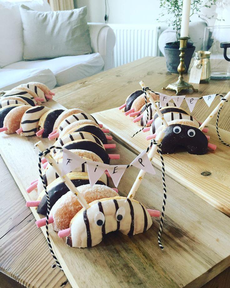 Fiep's Treat … Donuts Raupe – #Donuts # Fiep39s #Raupe #Treat – Kindergeburt …