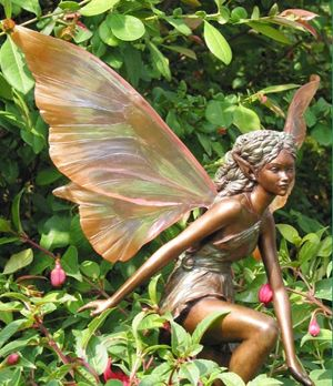 Awen of the Orchard Woodland Garden Fairy Statue SI YO CREO EN