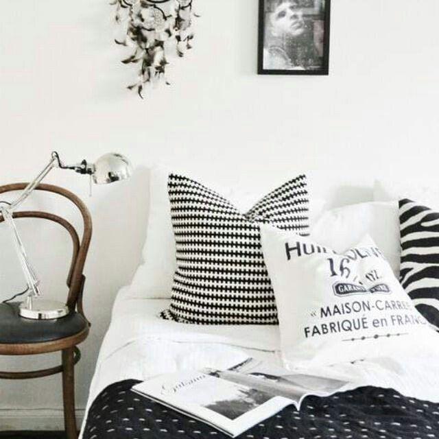 #scandi #interiors #interiorstyling #interiorstyle #inspiration #ikea #liveauthentic #ideas #minimal #minimalism #interiordesign #decor #decoration #homedecoration #norway #nordiskehjem #home #skandinaviskehjem #skandinaviskahem #scandinaviandesign #scandinavian #scandinavianhomes #scandinavianhome #scandinavianstyle #design #designs #designdeinteriores #homedecor #nordicdesign #scandi_inspiration