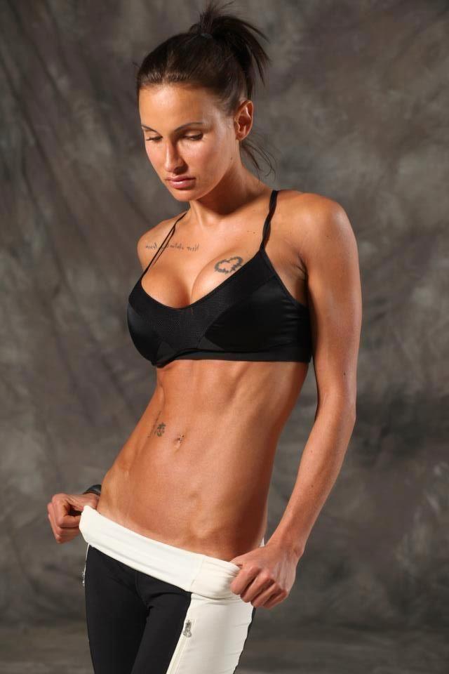 Lisa-Marie Zbozen – BodyRockTV & The DailyHiit...my fav ...