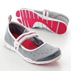wholesale dealer 41461 1f8f7 Nike Free Mary Jane s (these too).