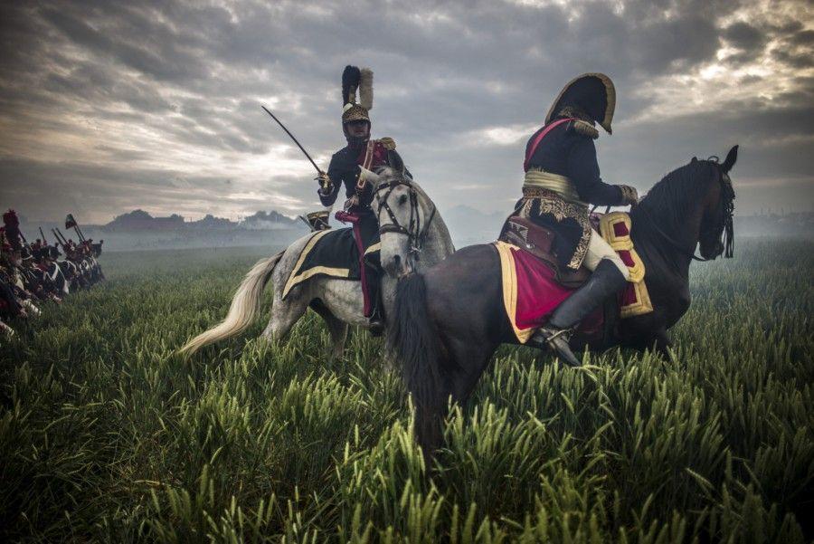 Наполеон - как настоящий. Правда, какой-то помятый :) Оригинал взят у mr_garett в Ватерлоо. Июнь 1815. 18 июня 2015 года в Бельгии прошла крупномасштабная реконструкция битвы…