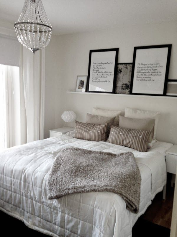 I like this feels cozy also like the idea of big - Bed without headboard ideas ...