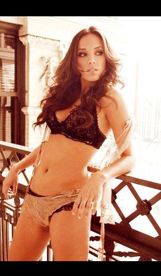Sexy pics of jana kramer