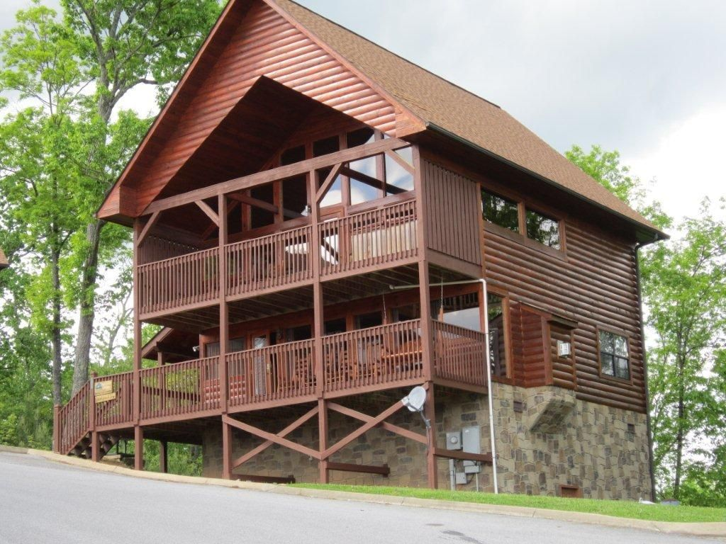 forge outrageous rentals cabins sevierville pigeon home near cabin vacation availability tn