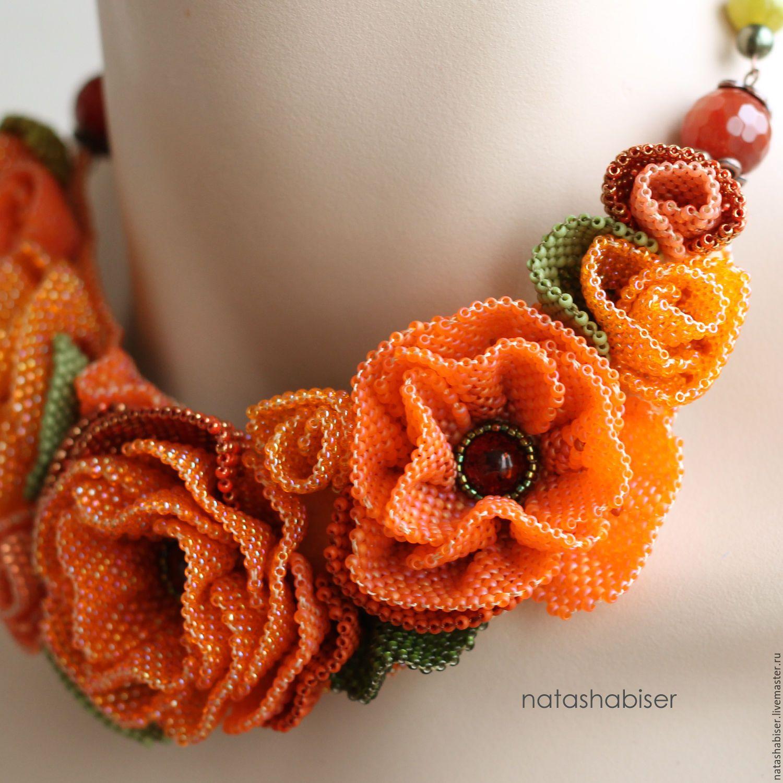 Купить Колье с цветами из бисера, бисероплетение, вышивка бисером, оранжевое - оранжевый, оранжевое колье