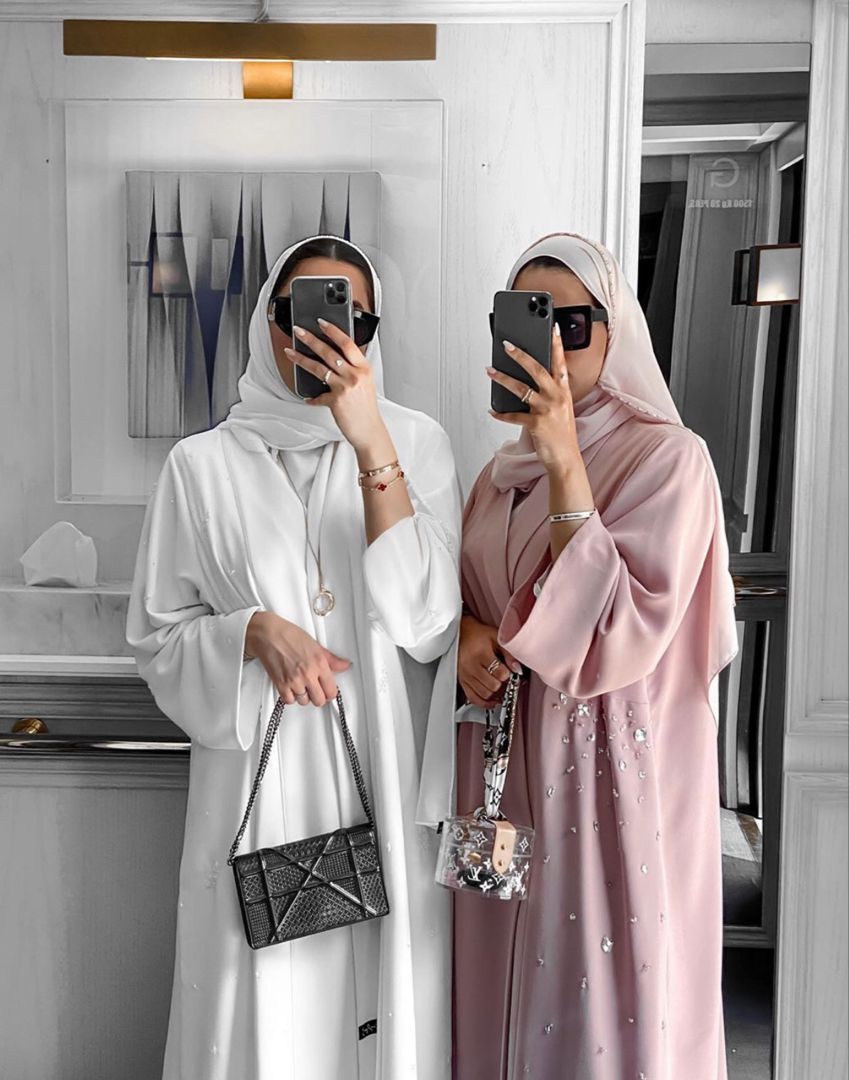 Photo of Simple And Elegant Dubai Abaya Designs That You Must See