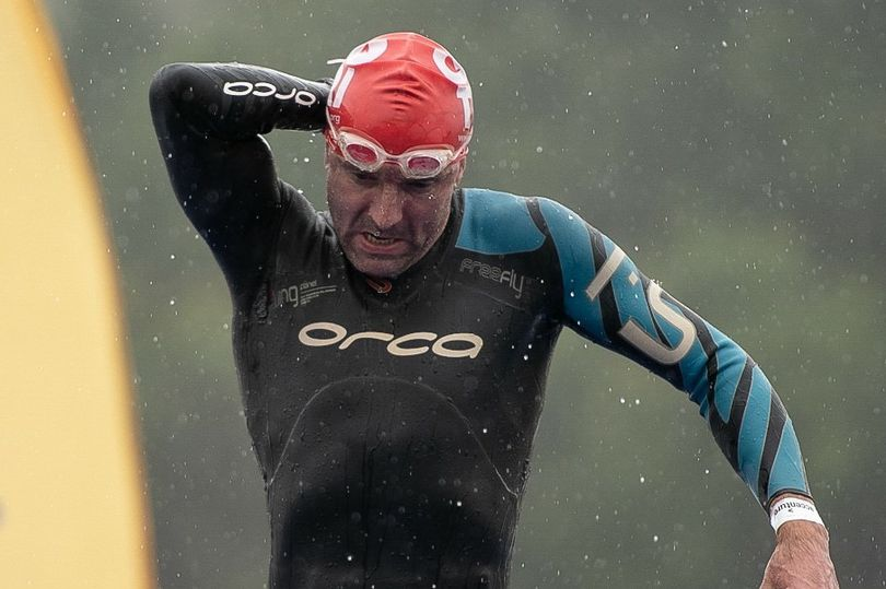 Daredevil doctor to swim length of Loch Lomond for charity #lochlomond
