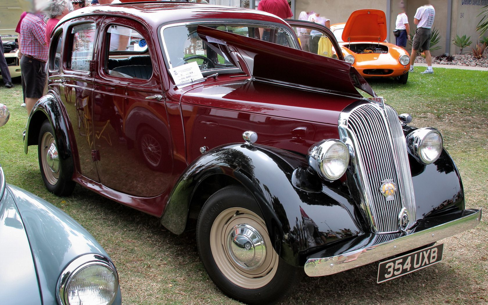 1948 Standard Fourteen 4door saloon Triumph cars, Motor