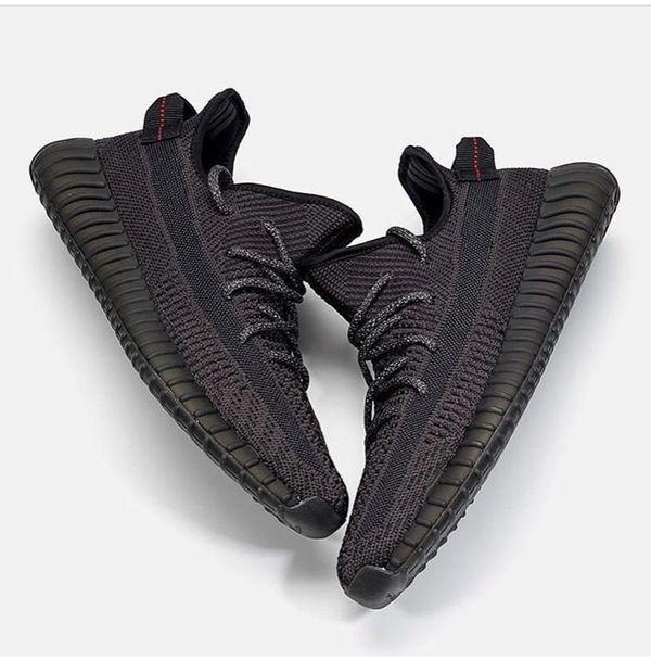 Yeezy Boost Stactic Black-Pre Orders
