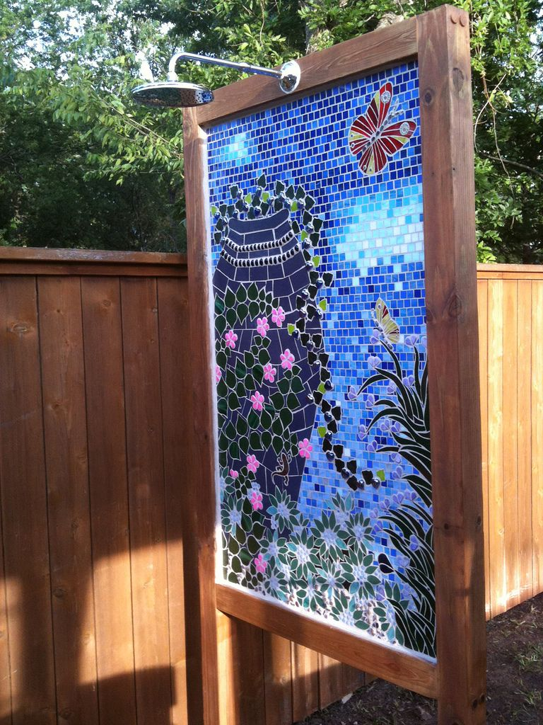 Outdoor shower but love the mosaic as a room divider ideas for