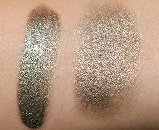 Creaseless Cream Shadow/Liner by Benefit #22