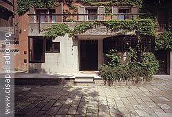 Casa balboni 1967 venice italy carlo scarpa for Casa moderna venezia