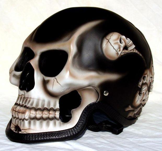 airbrushed skull motorcycle helmets helmets casque moto pinterest. Black Bedroom Furniture Sets. Home Design Ideas