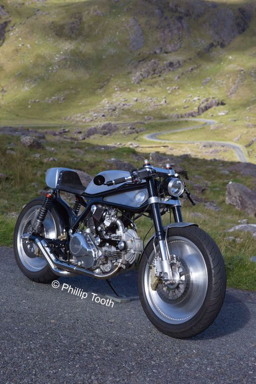 """Ducafe"" Cagiva Alazzura 350T 1984 by Medaza | Ducati Pantah engine | Aprilia RSV 1000 Showa fork | Harley-Davidson V-Rod wheels | seat from 30 year old leather jacket | Ireland"