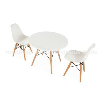 Amazon.com   Mid Century Modern Eames DSW Style Kids Round Play Table With  Satin Finish   Tables