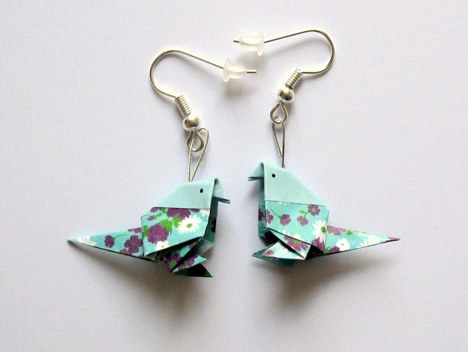 fabriquer boucle d oreille origami bijoux la mode. Black Bedroom Furniture Sets. Home Design Ideas