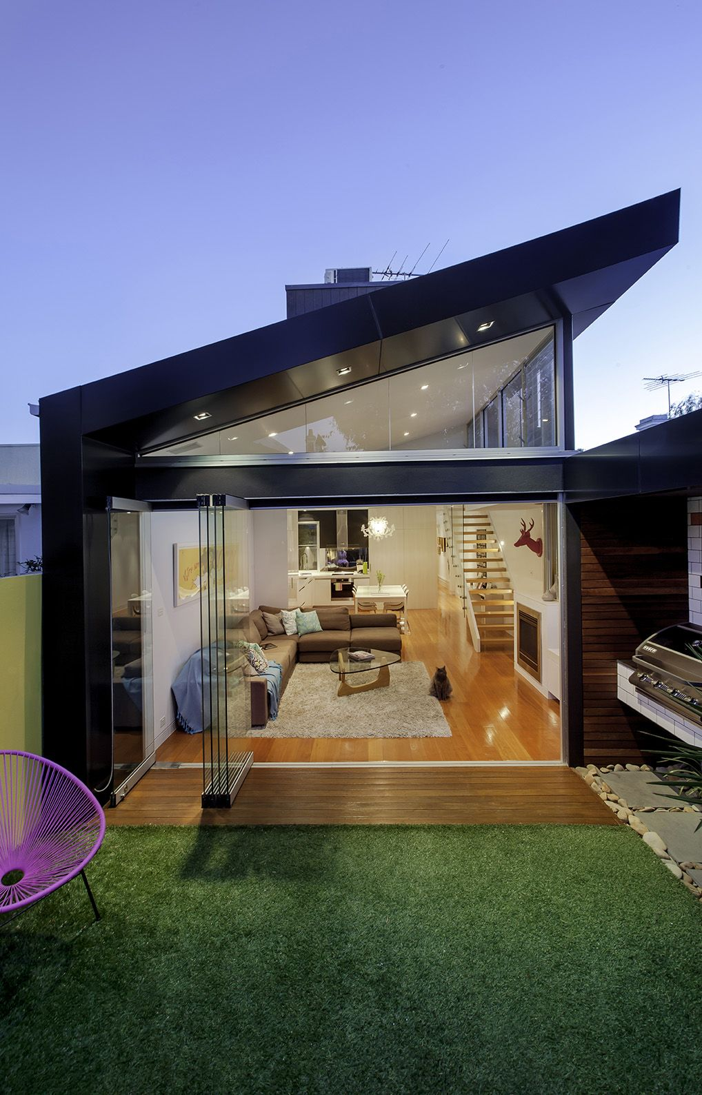 Victorian townhouse renovation by australian building for Architecture firms in australia