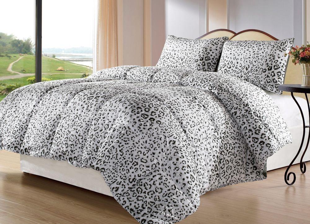 Snow Leopard Queen Size 3pc Reversible Down Alternative Comforter