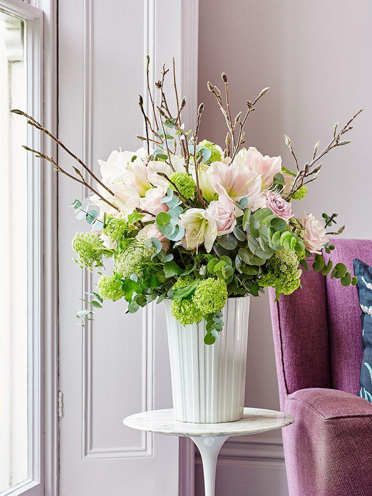 7 easy flower arranging ideas for spring easter flower