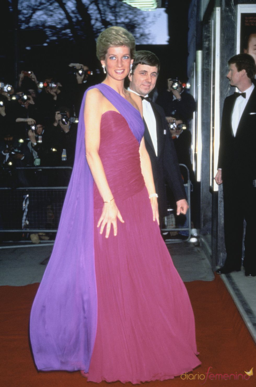 Lady Di, entre las mujeres de la Realeza más guapas del mundo | Lady ...