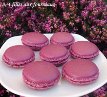 Recette - Macarons à la framboise économiques - Notée 4.4/5 par les internautes