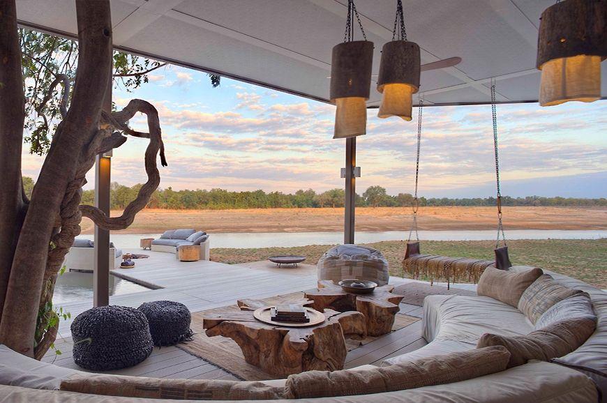 Zen in Zambia the new luxury of Chinzombo Resor, Uteplats
