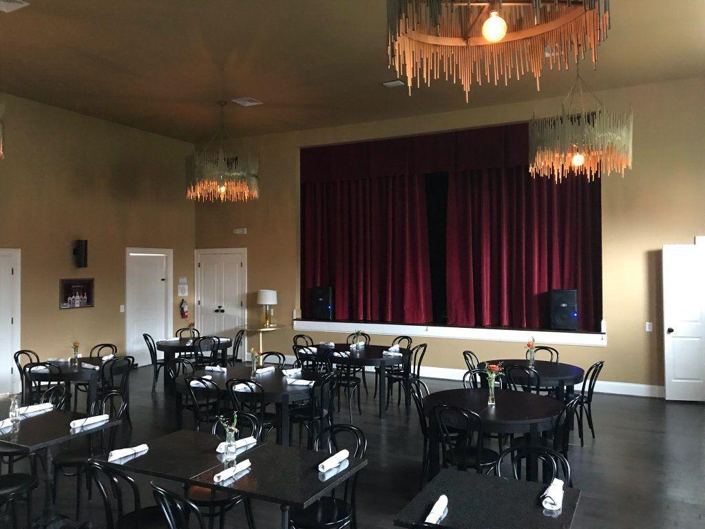 The Old School, Nashville Nashville restaurants, Old