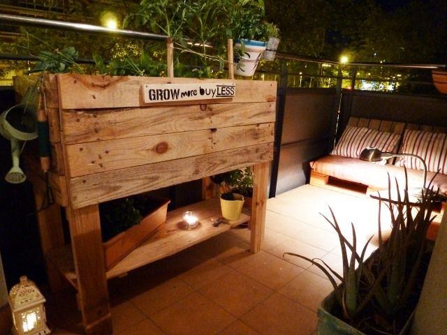 Urbaner Garten Balkon Dachgarten Hochbeet Holzpaletten | Garten ... Hochbeet Tisch Balkon Bauen