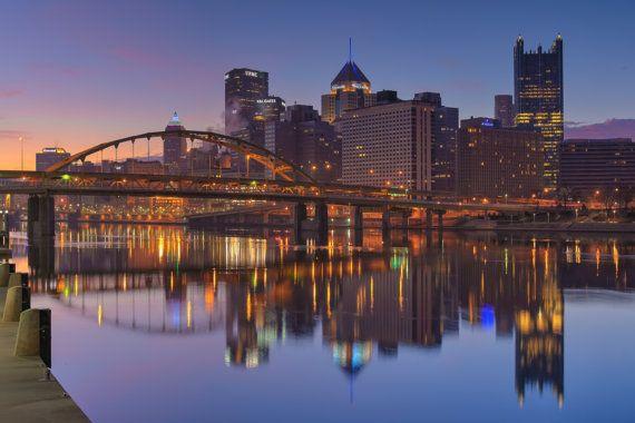 Pittsburgh Skyline Christmas 2021