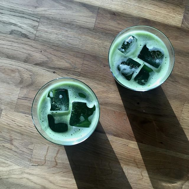 Iced matcha weather! Fresh green aftertaste of our Genou matcha is perfect iced. #teadealers #matcha